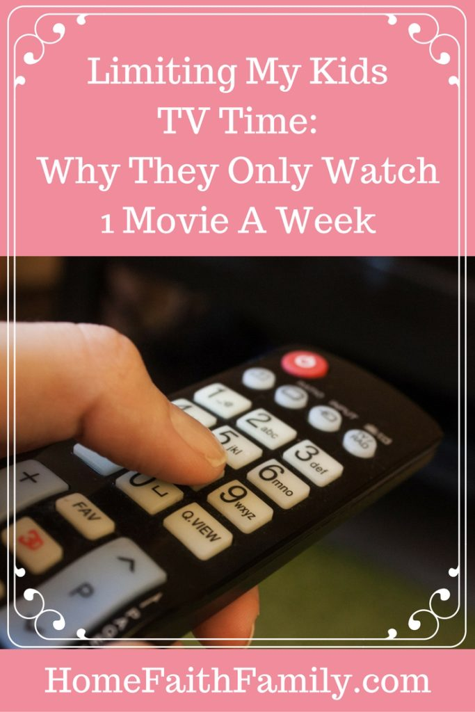 Limiting My Kids TV Time - Why They Only Watch 1 Movie a Week | Are you wanting to limit your kid's tv time, but don't know where to start? Limiting my kids TV time has been the best! Here are 5 reasons why they only watch 90 minutes of television a week. Reason #3 was our main reason for starting. Click to read!