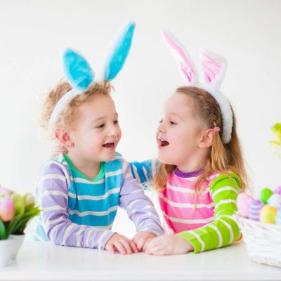 These Easter egg filler ideas for kids and toddlers are perfect to help them focus on Christ this holiday. You're going to love teaching them the reason of Easter while growing their testimony (all while having fun). Grab your free ideas today! #Easter #easteregg #EasterIdeas #Christ