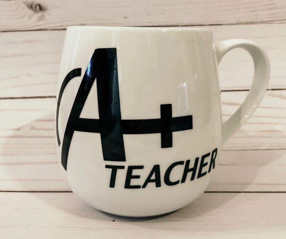 You're going to love making this teacher appreciation gift on the Cricut. The Avengers mug is a perfect project for beginners. Grab your free teacher SVG file and let's start crafting! #Cricut #CricutMaker #Teachers #TeacherGifts #GiftIdeas